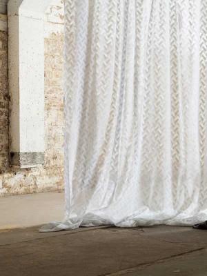 MYB Textiles blondestoff og gardinstoff